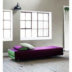 Le Canapé lit BEAT convertible en lit ou en méri nne finition