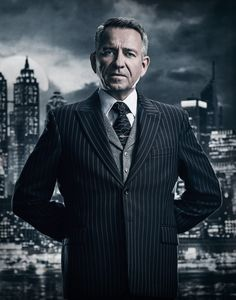 Sean Pertwee in Gotham Season 4 Gotham News, Gotham Tv, Gotham Girls, Gotham Batman, Alfred Gotham, Gotham Season 4, Gotham Series, Tv Series, Sean Pertwee