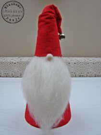 Biankowe pasje....: Uległam pokusie... Christmas Gnome, Diy Christmas Ornaments, Holiday Crafts, Christmas Decorations, Christmas 2016, Christmas Houses, Scandinavian Gnomes, Scandinavian Christmas, Christmas Images