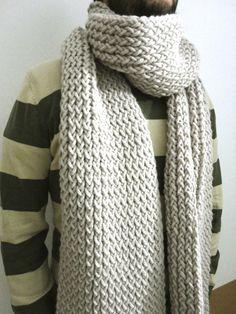 Bufanda tejida con telar rectangular o telar maya y lana gruesa