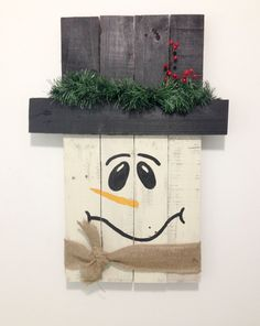 Snowman Pallet//Handmade//Home Décor//Gift by MudpiesandMagnolias on Etsy