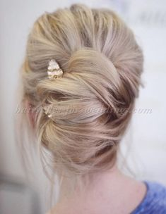 A collection of popular wedding hairstyles for 2017: bridal hairstyles for medium, short and long hair, groom hairstyles, flowergirl hairstyles, bridesmaid hairstyles, hairstyles for mother of the bride or groom, wedding hair accessories #frenchtwistupdo