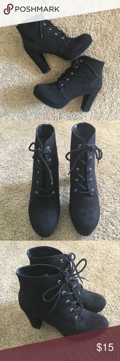"""NWOT Black Boots size 8.5 NWOT Forever 21 Black Ankle Boots. Size 8.5/39.5 Lace Up, heel is 4"""". Forever 21 Shoes Ankle Boots & Booties"""