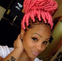 Very cute faux dreads *vv* Dope Hairstyles, Black Girls Hairstyles, Pretty Hairstyles, Braided Hairstyles, Faux Dreads, Curly Hair Styles, Natural Hair Styles, Hair Laid, Big Chop