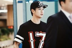What's he wearing?: Kim Soo-hyun in Givenchy - Shanghai airport