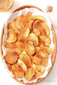 Homemade Barbecue Potato Chips you can easily make at home! Both baked and fried recipes provided. Homemade Barbecue Potato Chips you can easily make at home! Both baked and fried recipes provided. Note: Use baked with olive oil recipe Potato Chips Homemade, Fried Potato Chips, Home Made Potato Chips, Air Fryer Potato Chips, Fried Chips, Lunch Snacks, Chip Seasoning, Snack Recipes, Cooking Recipes