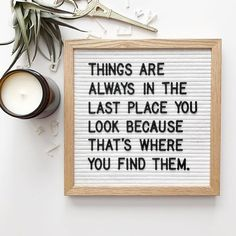 The Poet White is a strikingly fresh and versatile letter board. Ideal for succinct messages, this square board can be hung on the wall, leaned on a side table, or easily transported and used as a pho