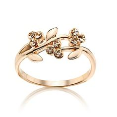 Pretty ring. (:  I'm not a huge fan of gold, but this is really pretty!