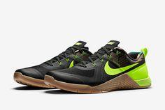 innovative design f1b33 c501c Nike. Just Do It. Sports FootwearMens Training ShoesBlack GumsFresh  KicksSneaker ...