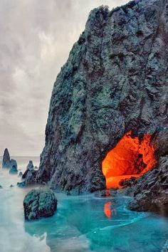Matador Cave, California   @Vianney Viveros Galarza weinberg can we check this out when i visit? #roadtrip