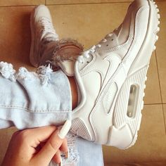 pinterest: @ nandeezy sports.nikeairmaxshoppingonline.com Which are your favorite Nike shoes?mine are all of them!!!!this is my dream.