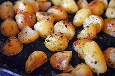 Pressure Cooker Crispy Potatoes by Michelle Tam / Nom Nom Paleo http://nomnompaleo.com