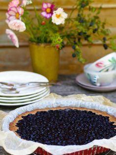 Mustikkapiirakka vailla vertaa! – Sikeltä sinulle Cakes And More, Summer Recipes, Tart, Blueberry, Nom Nom, Food And Drink, Pudding, Pie, Sweets
