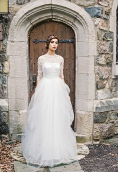 Sareh Nouri Wedding Gown {fall 2015 collection} / as seen on www.BrendasWeddingBlog.com