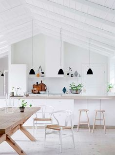 A Bright + Beautiful Nordic Kitchen