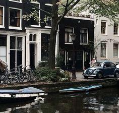 Amsterdam in monochrome