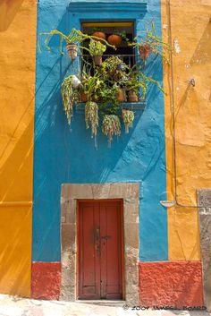 San Miguel, México.  Capture the spirit of Mexico at http://lafuente.com