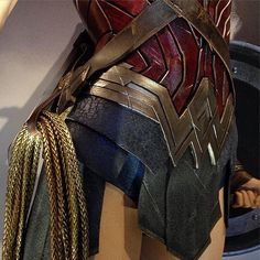 Will Gal Gadot's Wonder Woman have an accent, and is she wearing a new costume in the DC movie? Gal Gadot Wonder Woman, Wonder Woman Movie, Wonder Woman Cosplay, Diy Costumes, Cosplay Costumes, Halloween Costumes, Costume Ideas, Cosplay Armor, Cosplay Ideas