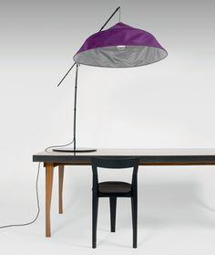 Fold Up, la lampada di Bertjan Pot ispirata ai set fotografici