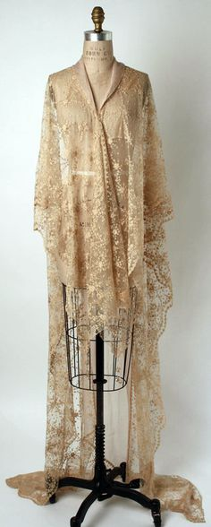 1920s lace robe negligee.