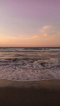 Beach Sunset Wallpaper, Ocean Wallpaper, Iphone Background Wallpaper, Scenery Wallpaper, Sunset Beach, Phone Backgrounds, Aesthetic Backgrounds, Aesthetic Iphone Wallpaper, Aesthetic Wallpapers