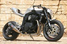 GSXR 1100 by Custom Wolf