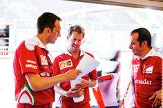 "Vettel:""Naaa! That's not me!"""