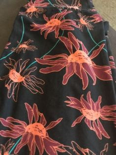 NEW!!! Lularoe Os One Leggings Black Pink Teal Daisy Floral Flowers
