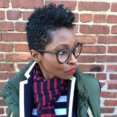 Tapered hair cut on natural hair. Tapered hair styles for natural hair. Locs, Short Natural Styles, Tapered Natural Hair, Twa Hairstyles, Natural Hair Inspiration, Natural Hair Journey, Textured Hair, Her Hair, Curly Hair Styles