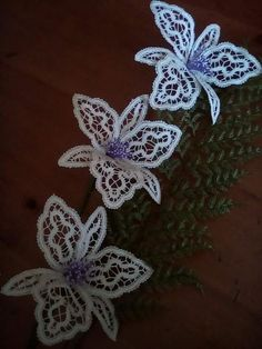 Types Of Lace, Lace Art, Bobbin Lace Patterns, Lacemaking, Tatting, Crochet, Flowers, How To Make, Handmade