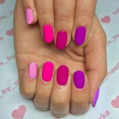 Want some ideas for wedding nail polish designs? This article is a collection of our favorite nail polish designs for your special day. Gel Nails At Home, Diy Nails, Cute Nails, Neon Nails, Pretty Nails, Nail Design Spring, Spring Nail Colors, Diy Ongles, Colorful Nail Designs
