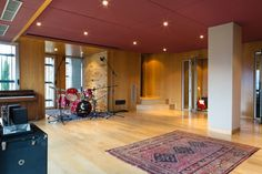 El Mirador: the recording studio's live room and booths http://www.miloco.co.uk/studios/el-mirador/studio-overview/