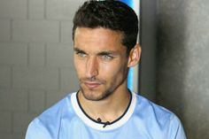 old Jesus Navas who is a Spanish professional footballer who plays for Manchester City as a right winger. Jesus Navas, Manchester City, Soccer World, Shirtless Men, Dream Guy, Soccer Players, Hair Today, Gorgeous Men, Beautiful