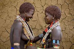 Hamar women from Turmi, Ethiopia (c) Eric Lafforgue/Survival
