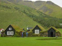 I wanna go to Iceland