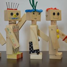 Nice wooden robot kit (lot of robots: lot of table hammers: not a great thing) . - basteln - Nice wooden robot kit (lot of robots: lot of table hammers: not a great thing) … robot - Diy Wood Projects, Projects For Kids, Wood Crafts, Paper Crafts, Woodworking For Kids, Woodworking Projects, Crafts For Kids To Make, Kids Crafts, Kids Wood