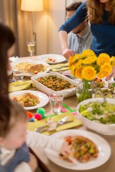 A No-Stress Neighborly Nosh Gathering from The Kitchn Sponsored by Kraft Fresh Take   The Kitchn