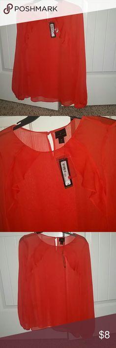 Ladies tops Ladies top very beautiful color💕 never being used! Worthington Tops Tees - Long Sleeve