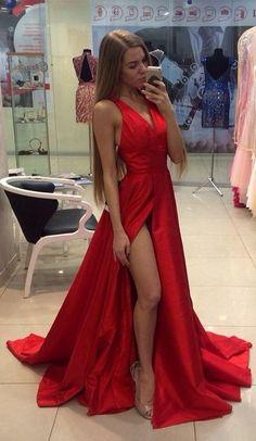 6b79482a72ad 44 fantastiche immagini su donne con abiti rossi - red dresses women