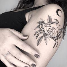 Atrapasueños Tattoo, Afro Tattoo, Key Tattoos, Get A Tattoo, Small Tattoos, Sleeve Tattoos, Behind Ear Tattoos, Crystal Tattoo, Future Tattoos