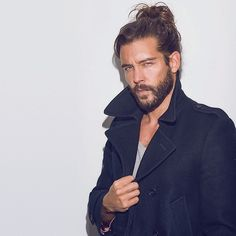 Pin for Later: There Is Legitimately Nothing Sexier Than These 36 Guys With Man Buns Is It Hot in Here? Men New Hair Style, Jack Greystone, I Love Beards, Pirate Fashion, Beard Model, Man Photography, Aesthetic Hair, Hot Hunks, Man Bun
