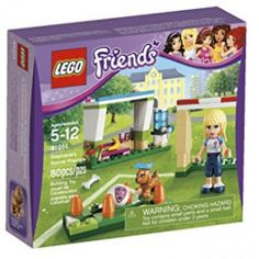 In LEGO created a new line of toys that are designed for girls ages five and above. The theme is what we know today as the LEGO Friends product Legos, Lego Friends Sets, Soccer Practice, All Lego, Lego Figures, Best Birthday Gifts, Lego Birthday, Toys For Girls, Kids Toys