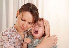 """VITA A ZERO-TRE: Le vostre domande: """"Come posso gestire questi comportamenti di mio figlio duenne?""""  Rispondo passo passo alle domande di una mamma su alcuni particolari comportamenti del figlio di due anni (i terribili due!).  Situazioni in cui per un genitore è facile immedesimarsi e ritrovarsi."""