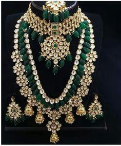 Jewelry OFF! VeroniQ Trends- Designer Bridal Jewellery Kundan/Polki Necklace Set in Faux Emerald Stones High Qual Fancy Jewellery, Stylish Jewelry, Bridal Jewellery Designs, Designer Jewellery, Handmade Jewellery, Jewelry Design Earrings, Necklace Designs, Indian Bridal Jewelry Sets, Wedding Jewelry