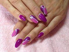 Mandorla viola e rosa