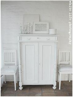 'White' - also a color ...