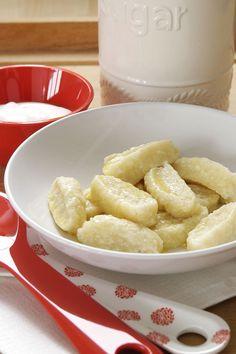 Krupicové halušky Czech Recipes, Ethnic Recipes, Gnocchi, Bon Appetit, Macaroni And Cheese, Food And Drink, Czech Food, Mac And Cheese