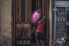 Street photography. Fotografia callejera. Madrid. Street backs. Espaldas. Malasaña #bambibacks