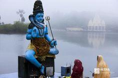 Statue de Shiva à Grand Bassin, ile Maurice.Shiva in Grand Bassin, Mauritius.