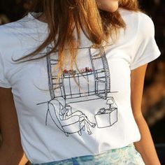 T-Shirt Donna Reading Room by Tuo tua